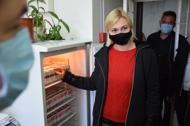 У Чортківську лікарню доставили інноваційні ліки від коронавірусу